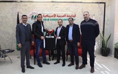 الجامعة والاتحاد الفلسطيني لكرة السلة يبحثان الاستعدادات لمباراة الفدائي امام سريلانكا