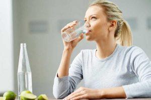 أفضل 5 أوقات لتناول الماء على مدار اليوم