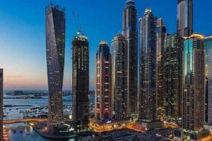 دبي تسمح بالسفر إلى الخارج وقدوم السياح