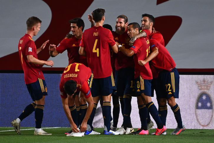 """دوري الامم الاوروبية: اسبانيا تسحق اوكرانيا بفضل فاتي """"القياسي"""" وتعادل مخيب لالمانيا مع سويسرا"""