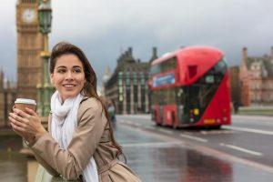 إعفاء المؤسسات في القطاع السياحي من رسوم تجديد الترخيص
