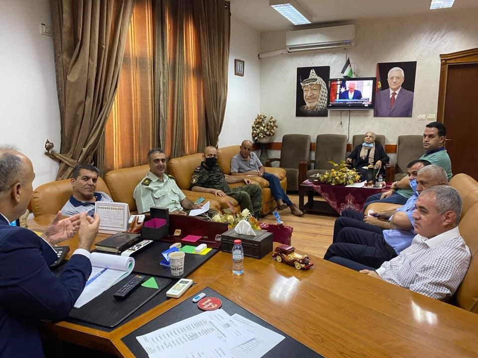 لجنة علاقات عامة للتعاون المشترك بين المؤسسة الرسمية و الجامعة العربية الأمريكية في جنين