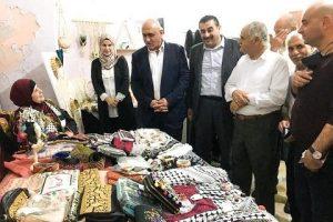 الرجوب يفتتح المهرجان الثقافي للمنتجات المحلية في بلدة عرابة