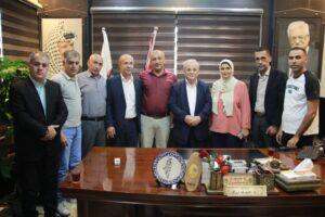 """رئيس """"القدس المفتوحة"""" يلتقي وفداً من الأمن الوقائي في جنين"""